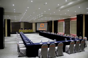Bromo Meeting Room